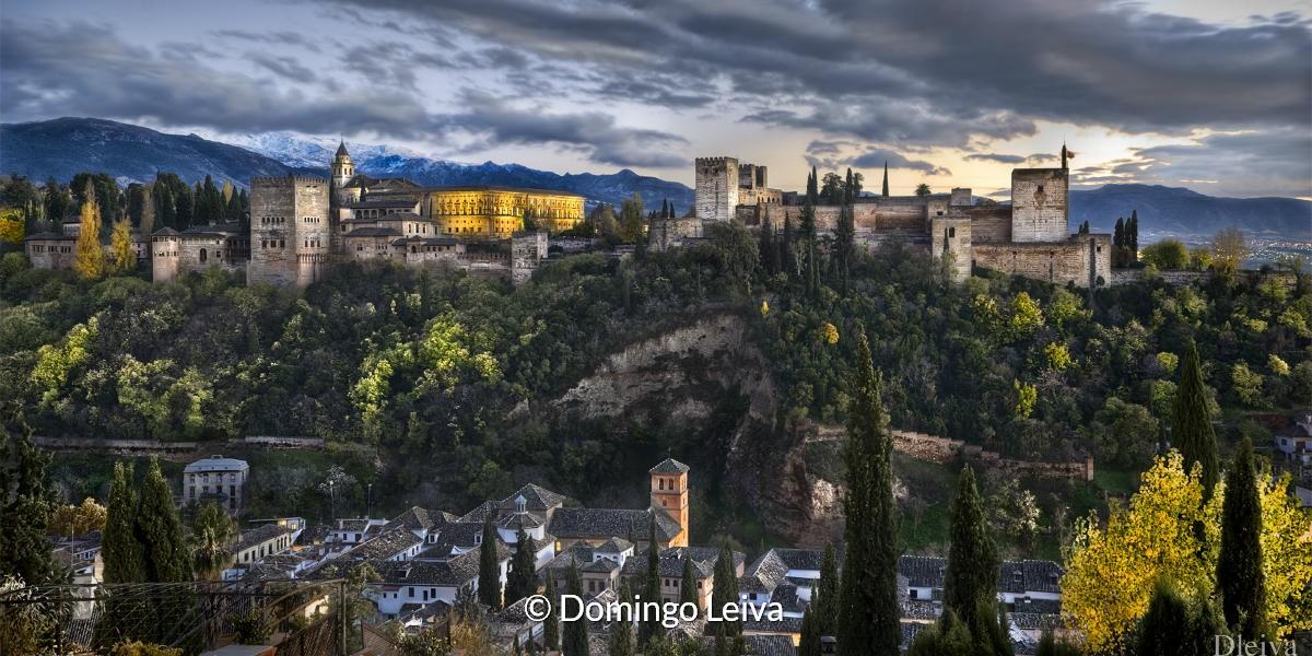 Alhambra Vanaf El Albaicín (Granada) – Foto Domingo Leiva