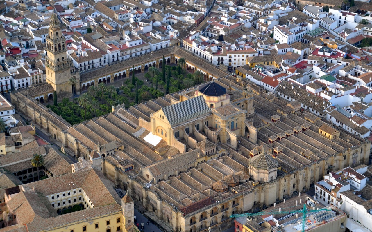 Córdoba – Mezquita (foto Wikipedia)