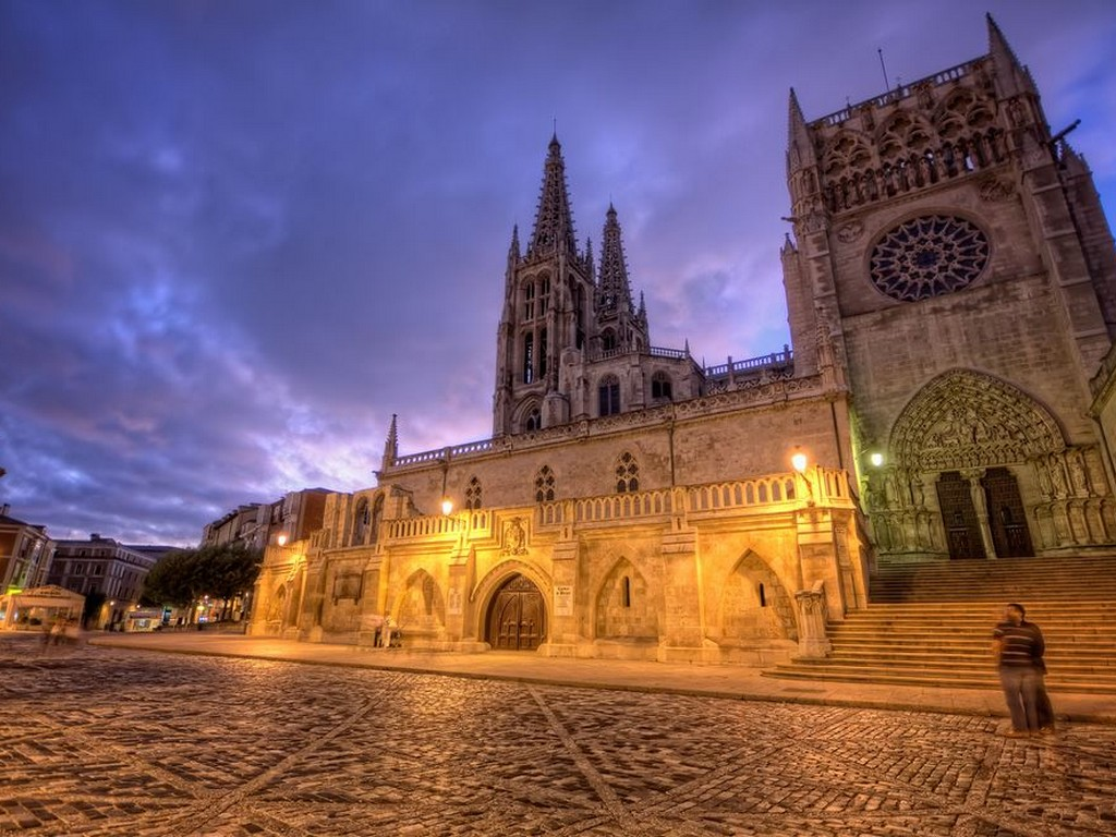 Catedral De Burgos, Burgos Castilla Y Léon, Spain. Photo By Marc (flickr.com)