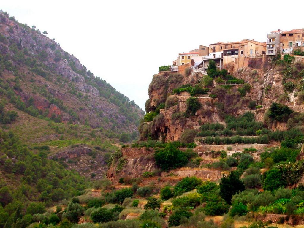 Dorpen Op Heuvels – Liétor (Albacete)