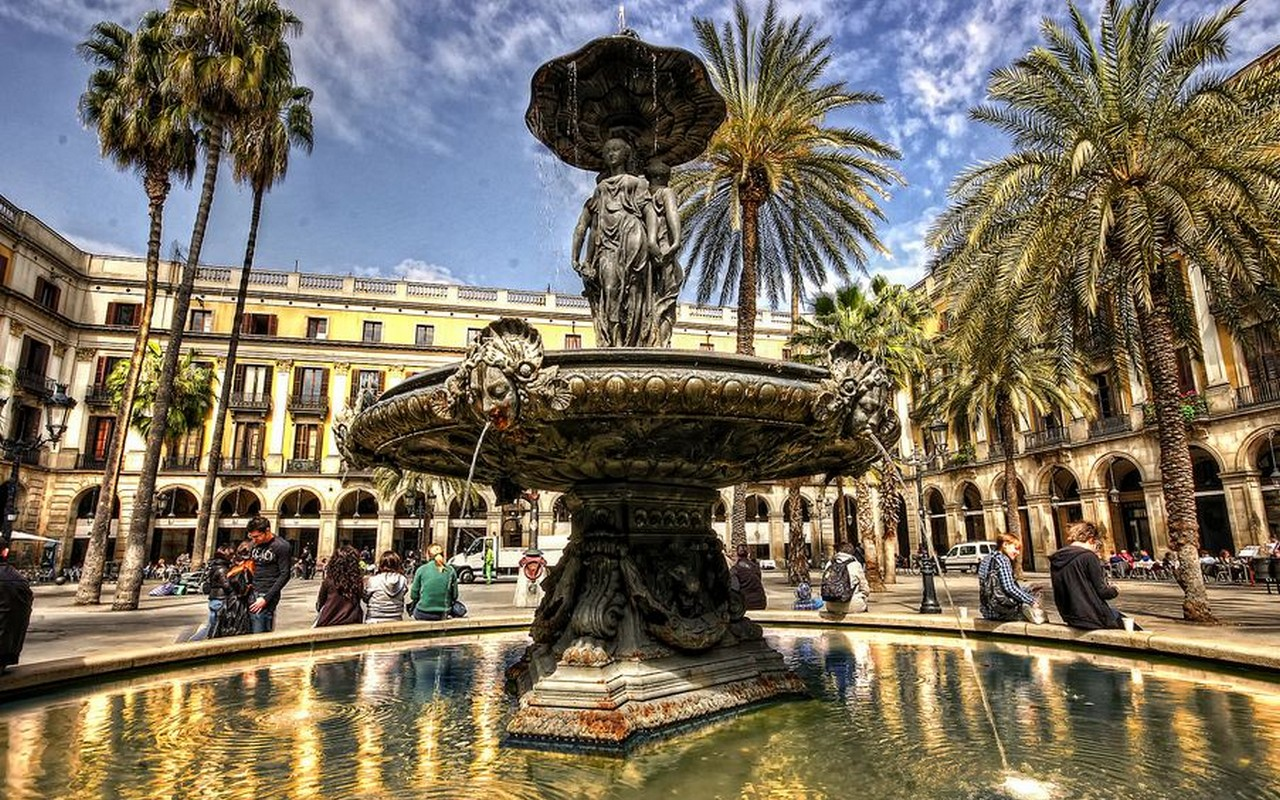 Plaza Reial, Barcelona – Foto Luc Mercelis