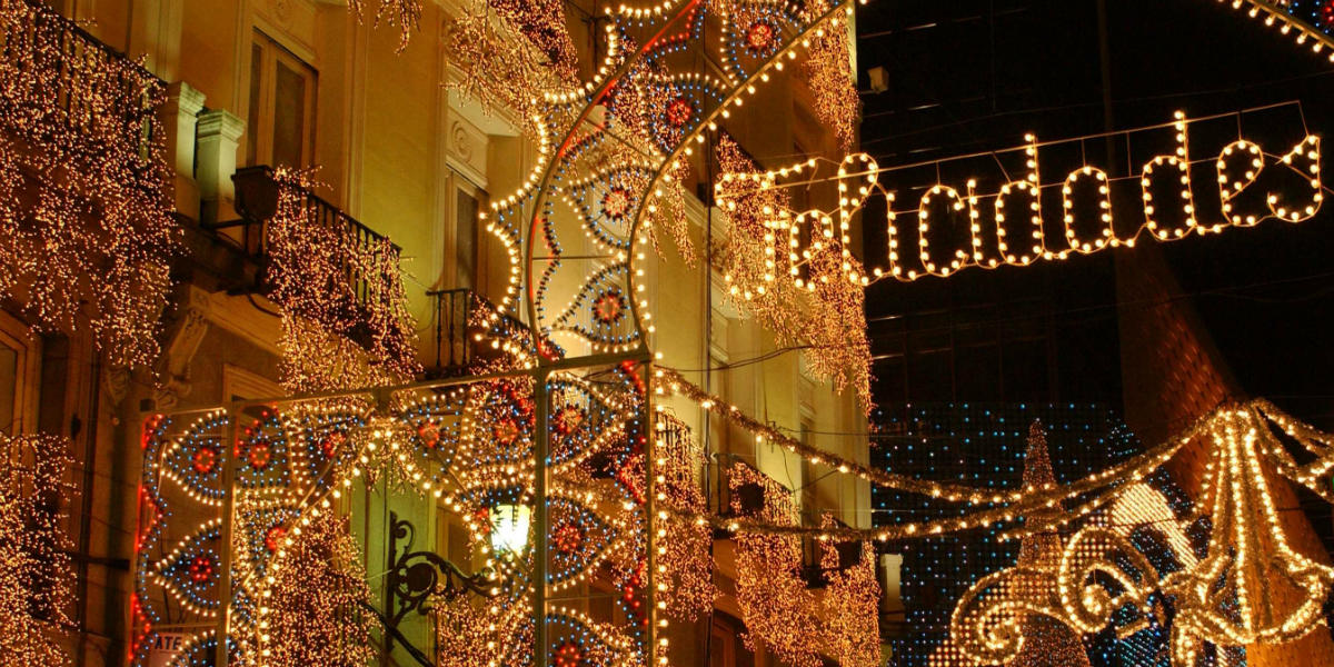 De Bekendste Winkelstraten Van Spanje Om De Kerstinkopen Te Doen