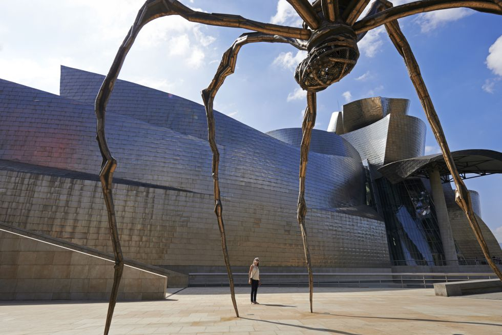 12-museo-guggenheim-bilbao-stephen-collector-getty
